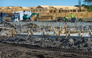 Construction continues at Springs at Bee Ridge apartments at the intersection of Cattlemen and Wilkinson Roads in Sarasota on Wednesday. STAFF PHOTO / DAN WAGNER